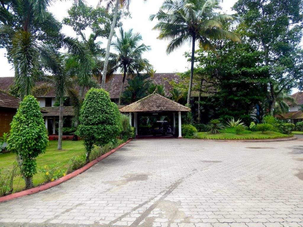 Lemon Tree Vembanad Lake Resort: Review and My experience