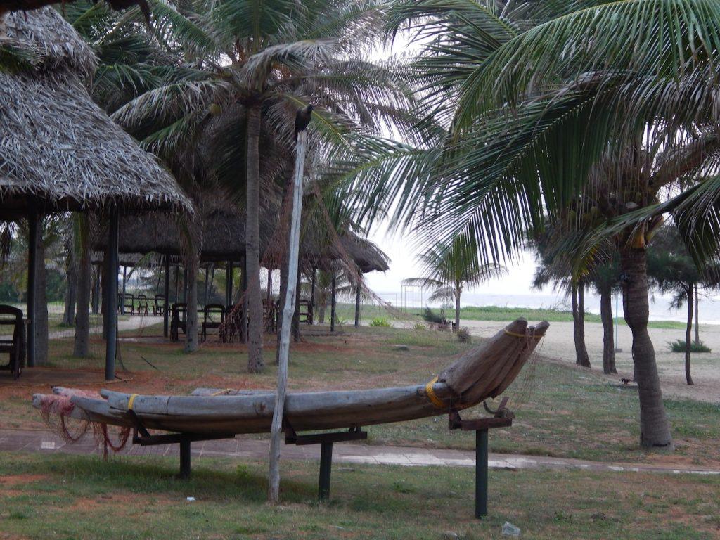 A replica of the original catamarans that existed at Mahabalipuram