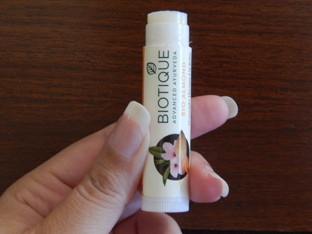Bio Almond therapy lip balm: Review 2018