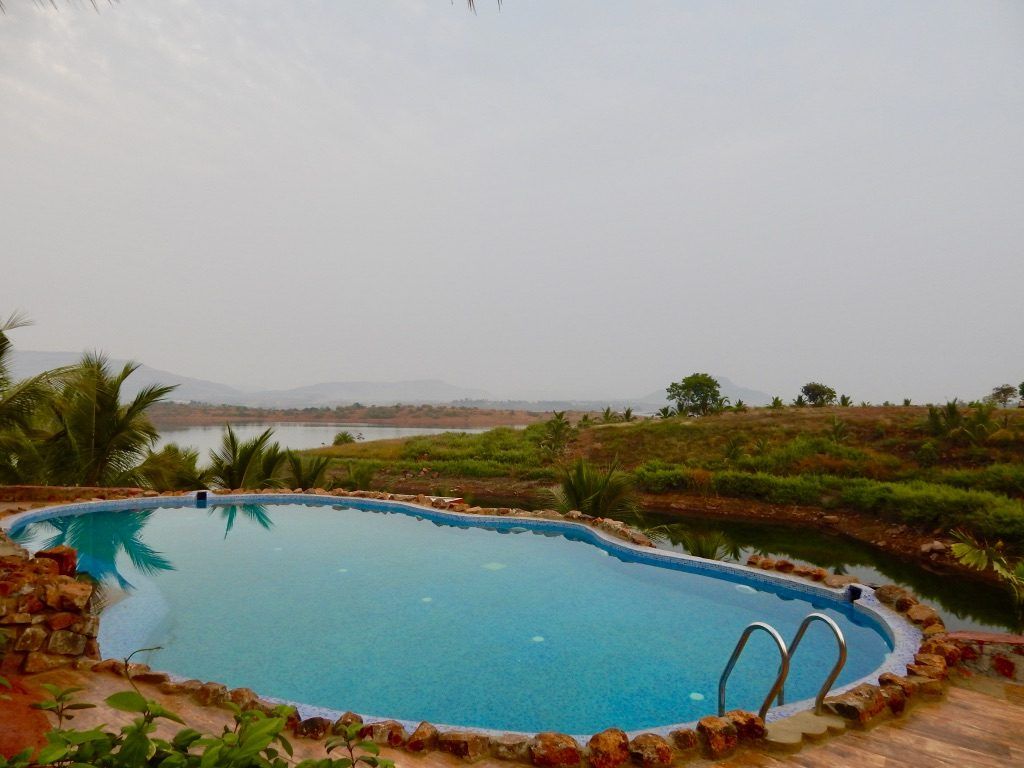 Gorgeous private pool in Fazlani Natures Nest, Lonavala